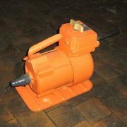 Электропривод глубинного вибратора ИВ-1400